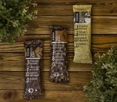 Батончики ™  Ё батон со вкусом ШОКОЛАДА с цельным лесным орехом в шок. глазури 40 гр