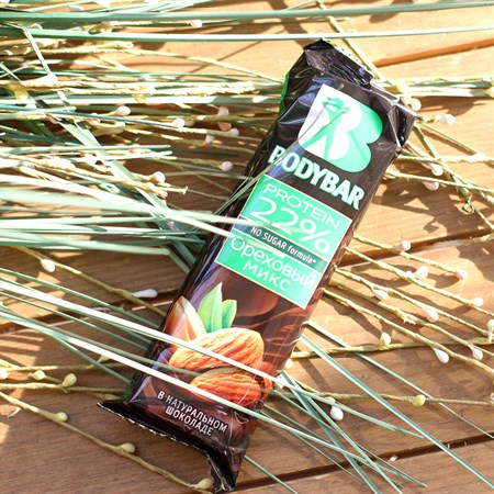 Батончик протеиновый ™  BODYBAR  22%  Ореховый микс  в гор. шок. 50 гр. - фото 6236