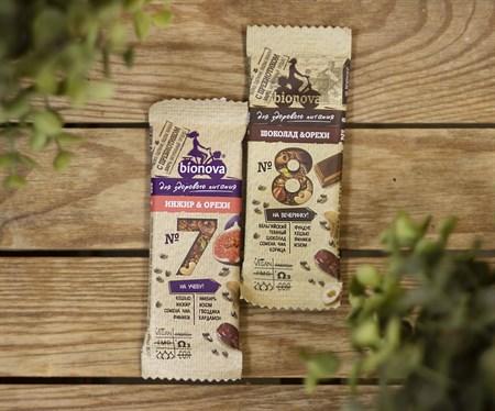 Батончики ™  Bionova  протеиновый шоколадный с орехами 35 гр. - фото 8248