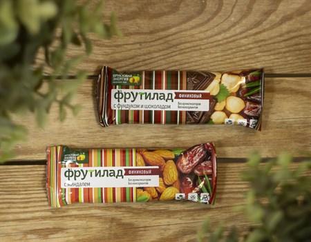 Финиковый батончик ™  Фрутилад  с фундуком и шоколадом,42 гр. - фото 8268
