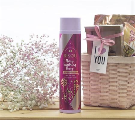 Гель для душа ™  BISOU Holiday Limited Edition  Сверкающие ягоды, 300 мл - фото 8727