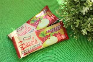 Батончик-мюсли ™  EVERYDAY  злаковые GRANOLA с яблоком и клюквой 50 гр.