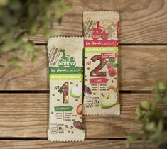Батончики ™  Bionova  фруктово-ореховый с малиной и яблоком 35 гр.